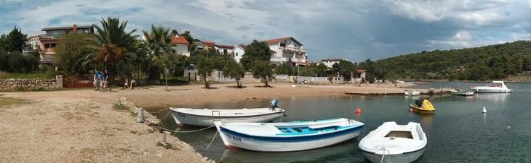 Pirovac plaža 360